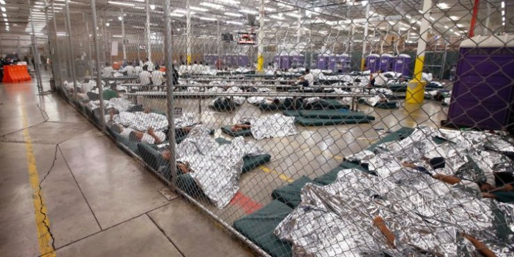Immigrant chcildren detained-5b2179c21ae66236008b597b-750-375